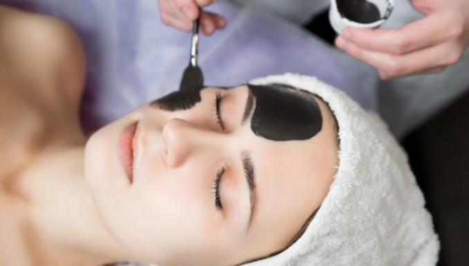 7 проблем, которые решат маски для лица с мумие
