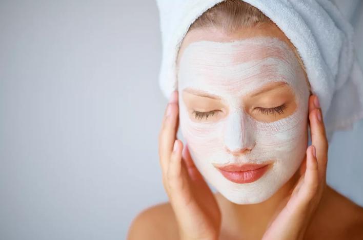 Как приготовить маски для лица на основе медицинских препаратов?