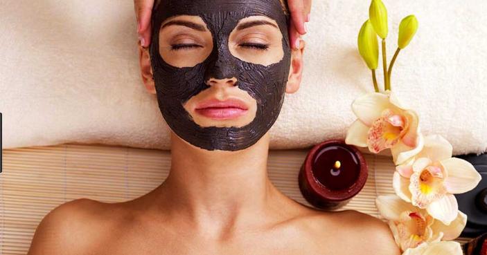 6 правил, как использовать маски для лица с черной глиной