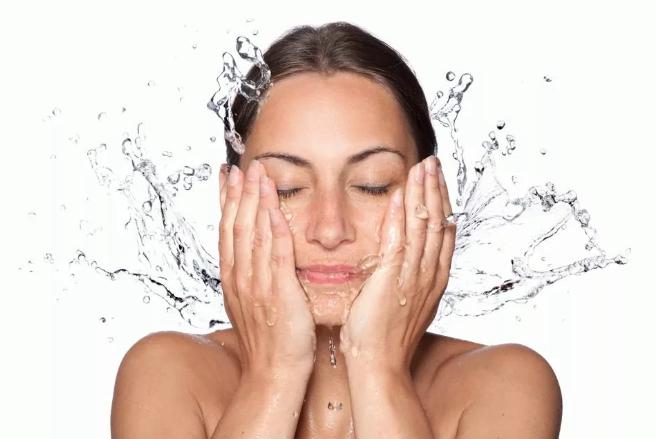 Дарим лицу молодость: маски для повышения упругости кожи